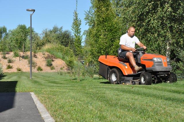 Vzdrževanje trave - košnja